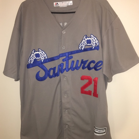 competitive price 9bf29 8b78f Roberto Clemente Santurce Crabbers Baseball Jersey